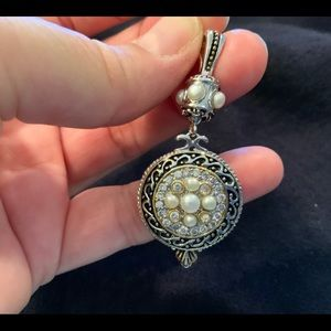 Sterling silver & gold pendent with pearls